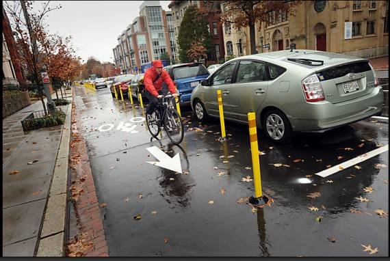 Accompanying the Washington Post story below is a slideshow of D.C. cyclists, including this one in a contraflow bike lane.