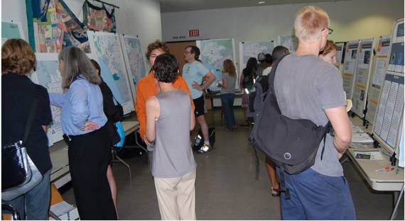 A small corridor made the meeting look more crowded.