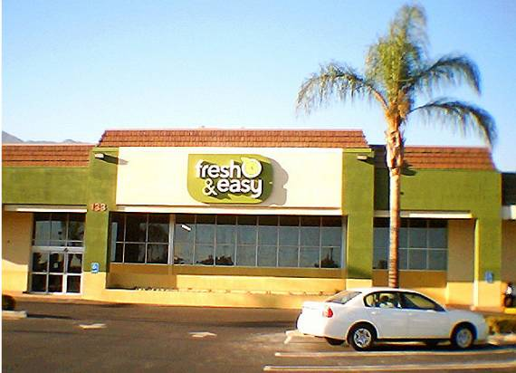 Crenshaw residents want a proposed Fresh and Easy lot behind the store, unlike this one in Arcadia.  Photo: ##http://www.flickr.com/photos/frazgo/1486846350/##Frazgo/Flickr##