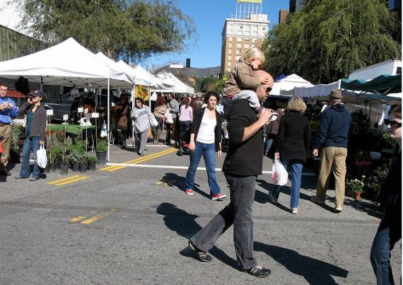 The Hollywood Farmer's Market last February.  Photo:##http://www.flickr.com/photos/20990388@N04/4338490433/##Alex de Cordoba/Flickr##