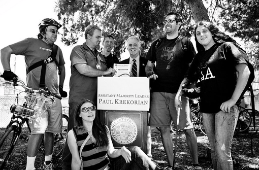 Paul Krekorian poses with cyclists after a press event for AB 766 IN 2009.  Photo:##http://www.flickr.com/photos/alexbct/3513993315/##Alex Thompson/Flickr##