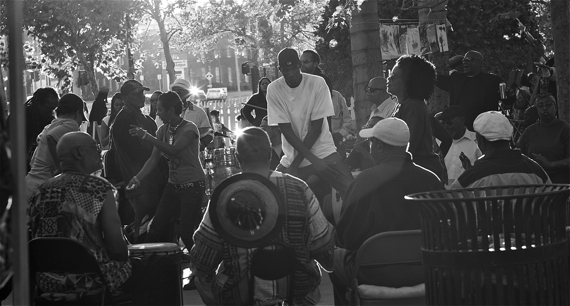 Drum circle at the Leimert Park artwalk. Sahra Sulaiman/LA Streetsblog
