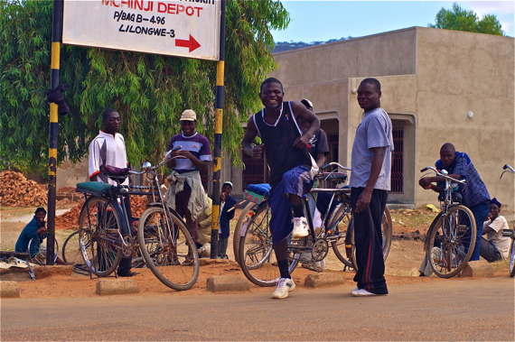 A bike repair station in Mchinji, Malawi, and a few bike taxi drivers. Sahra Sulaiman/Streetsblog LA
