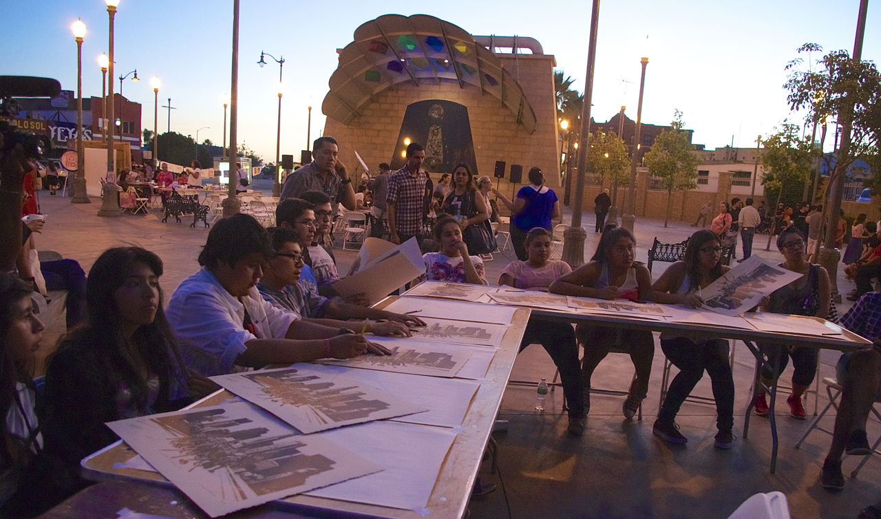 Mariachi Plaza serves as an important gathering space for the community. Here, students participate in discussions about displacement at the Activarte event this past September. Sahra Sulaiman/Streetsblog LA