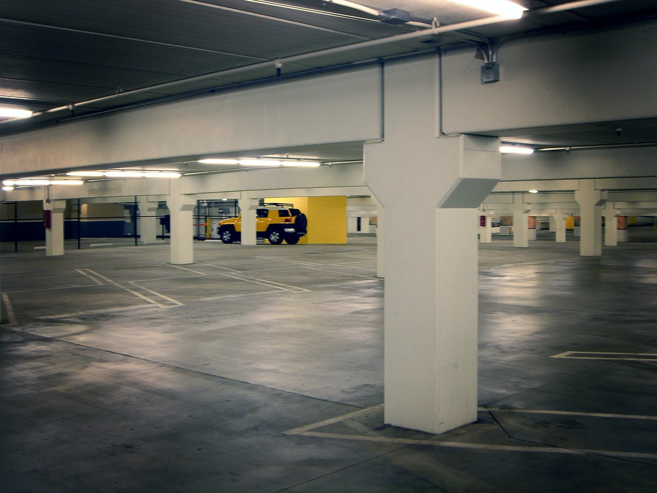 New ca database shows how much parking costs and how for Lax long term parking lot