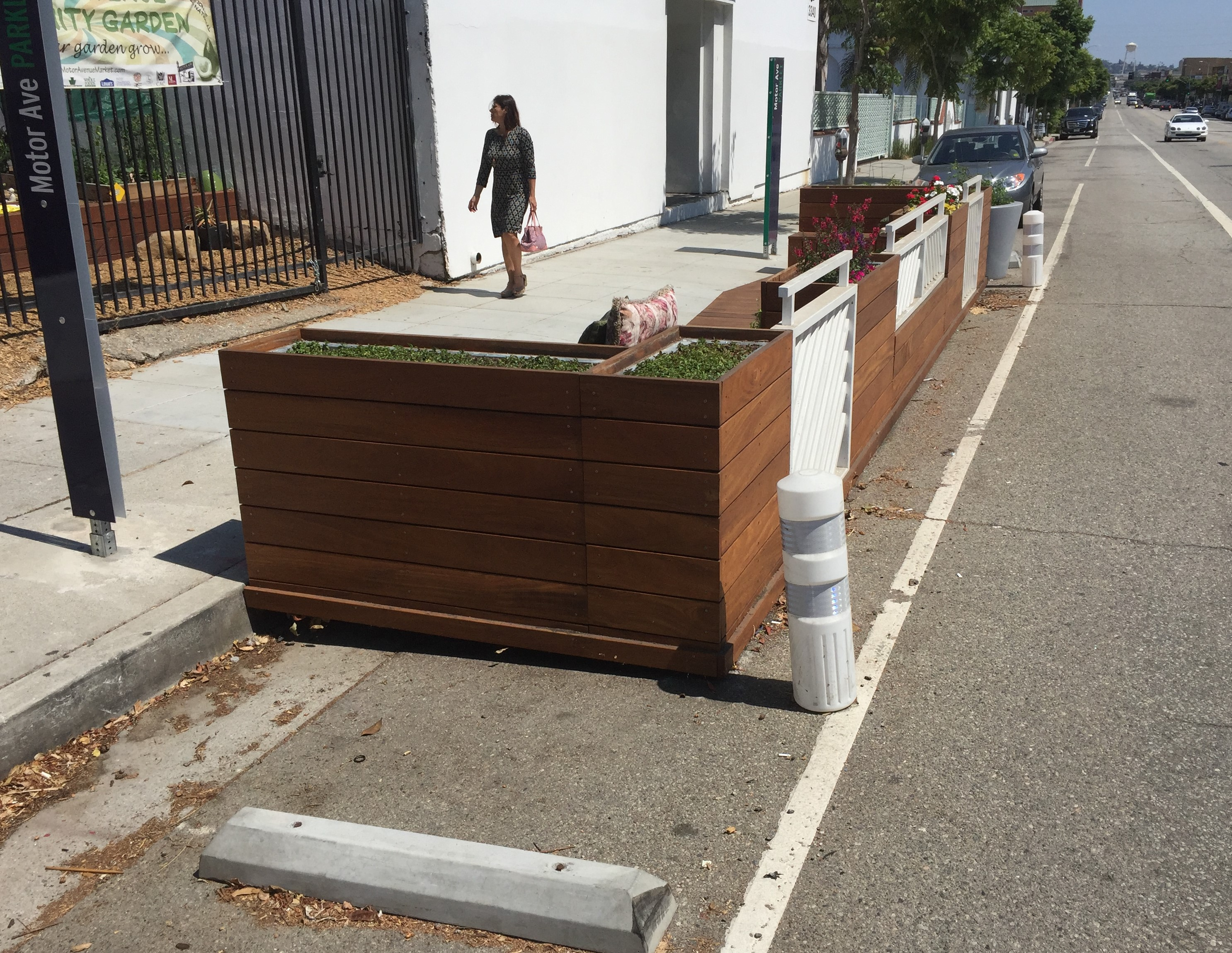 The southern Parklet on Motor, located in front of the Motor Avenue Community Garden
