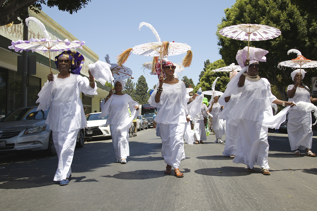 Beauty, grace, power, and spirituality led the way in celebration of the ancestors in Leimert Park Village. Sahra Sulaiman/Streetsblog L.A.