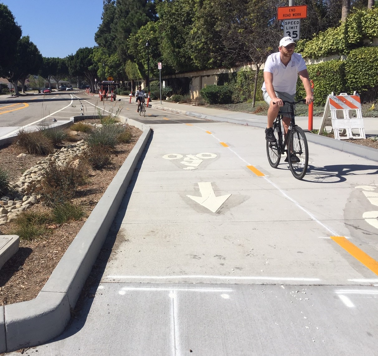Eyes on the Street: New Two-Way Protected Lanes on Elenda in Culver City
